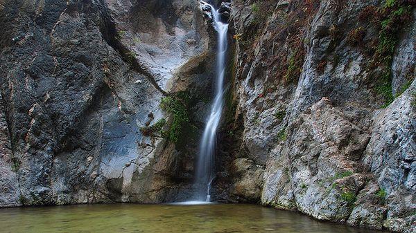 Eaton-canyon-waterfall